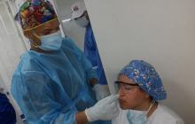 Pruebas de Covid-19 realizan a trabajadores de salud en Santa Marta
