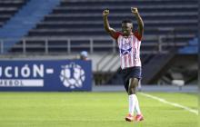 Edwuin Cetré fue titular ante Unión La Calera, el jueves en el Metro, y anotó uno de los goles.
