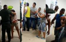 En video | Agreden a policías dentro de un hospital en Sucre