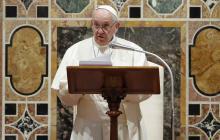Papa reanuda viajes suspendidos por la pandemia con visita a Irak