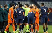 Se suspende el partido entre el PSG y Estambul por comentario racista
