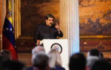 """Maduro ve """"estúpidas"""" las sanciones de EEUU a empresa vinculada a elecciones"""