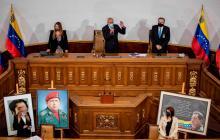 El presidente de la Asamblea Nacional, Jorge Rodríguez (c); Iris Varela (i), primera vicepresidenta, y Didalco Bolívar (d), segundo vicepresidente.