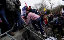 Rechazo en Colombia a asalto al Capitolio de los EE.UU.