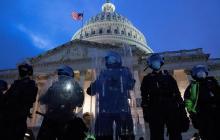 """FBI alerta sobre """"protestas armadas"""" en todo EUA contra resultado electoral"""