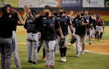 Luis Felipe Urueta, a dos triunfos del título en béisbol de Dominicana