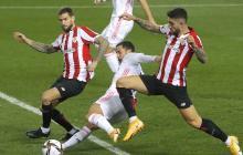 Hazard en acción ante el Athletic de Bilbao en la Supercopa de España.