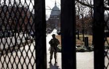 Arrestan a un hombre que intentó entrar en centro de Washington con 500 balas