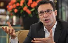 Caicedo pide a Nación autorización para diligenciar vacunas contra la Covid