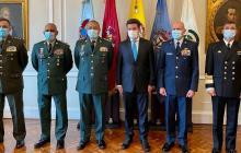 """""""Combatiremos a los narcocriminales"""": nuevo mindefensa"""