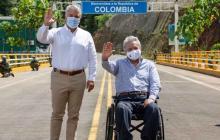 El presidente Duque y su homólogo Moreno en una reciente visita a la frontera común entre ambos países para un proyecto de cooperación conjunta.