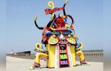Macro figuras de carnaval en el Malecón engrandecen la fiesta