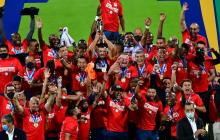 'Bolillo' Gómez se sale con la suya y alza la Copa Colombia con el DIM