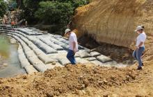 Avanza construcción del muro contra la erosión en Tierralta