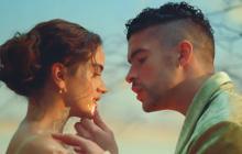 Bad Bunny y Rosalía estrenan el vídeo de su colaboración 'La noche de anoche'