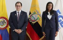 El fiscal de Colombia, Francisco Barbosa y su par ecuatoriana, Diana Salazar.