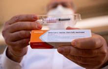 Anuncian la llegada de 4.136 vacunas del fabricante Sinovac a Sucre
