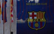 Los agentes están registrando las oficinas del Fútbol Club Barcelona.