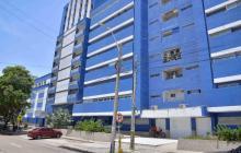 Gobernación acata orden de registrar al director de hospital Metropolitano