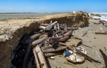 Continúan trabajos de mitigación por la erosión en Salinas de Galerazamba
