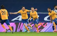 Everton, sin Mina ni James, gana y se mete en Champions League