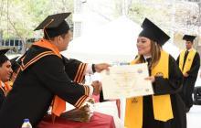 Unimagdalena reconoce género del alumno en el diploma de grado