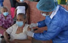 Implementan 'pico y cédula' para agilizar vacunación masiva en Cesar