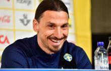 Ibrahimovic llora de emoción en primera comparecencia al regresar con Suecia