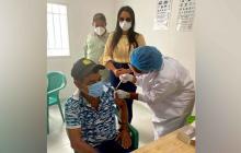 Hospital de Riohacha comenzó vacunación en las áreas rurales