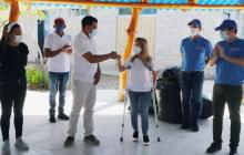 Campesinos de Manatí reciben insumos para enfrentar la sequía