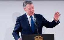 """Víctimas de """"falsos positivos"""" pide a la JEP citar a expresidente Santos"""