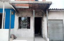 Incendio consumió vivienda en Villa Katanga