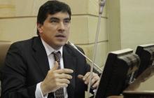 Representante Prada renunció a su curul en el Congreso