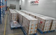 Gobierno colombiano recibe un millón de vacunas de Sinovac