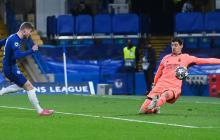 El padre de Courtois critica las sonrisas de Hazard con excompañeros del Chelsea