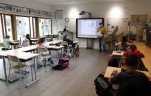 Francia prohíbe lenguaje inclusivo