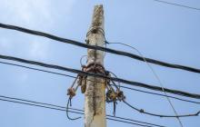 En Salgar advierten sobre riesgos por postes deteriorados
