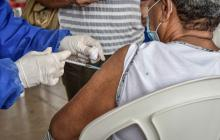 Colombia aspira cumplir meta de 200 mil vacunaciones por día