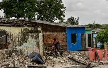 Desmanes en el barrio Santo Domingo tras crimen de un hombre