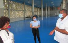 Supervisan colegios que aplican la alternancia educativa en Cartagena