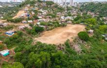 Realizan jornada de erradicación de basurero en La Popa