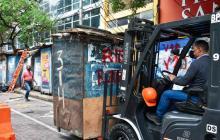 Trasladan a comerciantes de andenes del Centro de Barranquilla