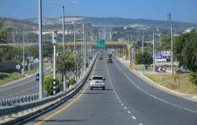 Buscan soluciones para peajes y alumbrado en vías a Puerto Colombia