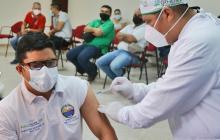 Unimagdalena vacuna a su personal de cara al retorno a la presencialidad