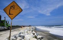 Vía a Ciénaga, un estratégico corredor amenazado por la erosión