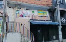 'Primera línea' estaría amenazando a profesora de niños abusados en Medellín