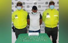 Policía del Atlántico lo captura con 72 cigarrillos de marihuana
