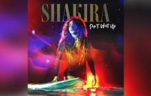 Surfeando, Shakira quiere bañarse de gloria en el mercado anglo