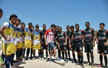 Distrito y el barrio 20 de Julio celebraron el Día de la Independencia con un partido de fútbol