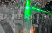 Manifestantes inician concentración en la avenida Murillo con carrera 8